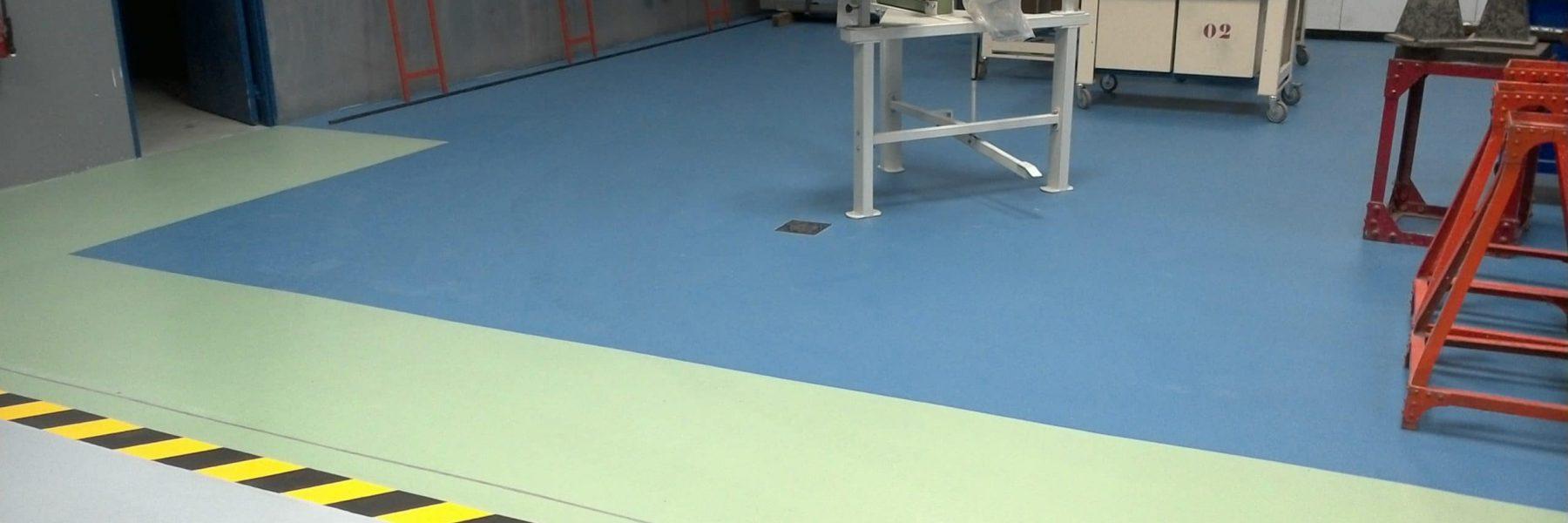 Séparation d'espace avec la résine en différente couleur